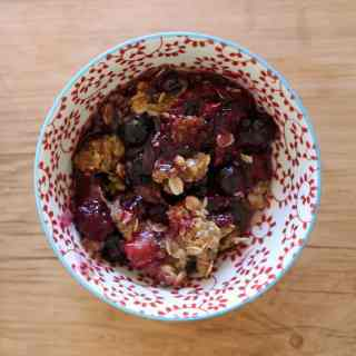 Simple Summer Berry Crumble