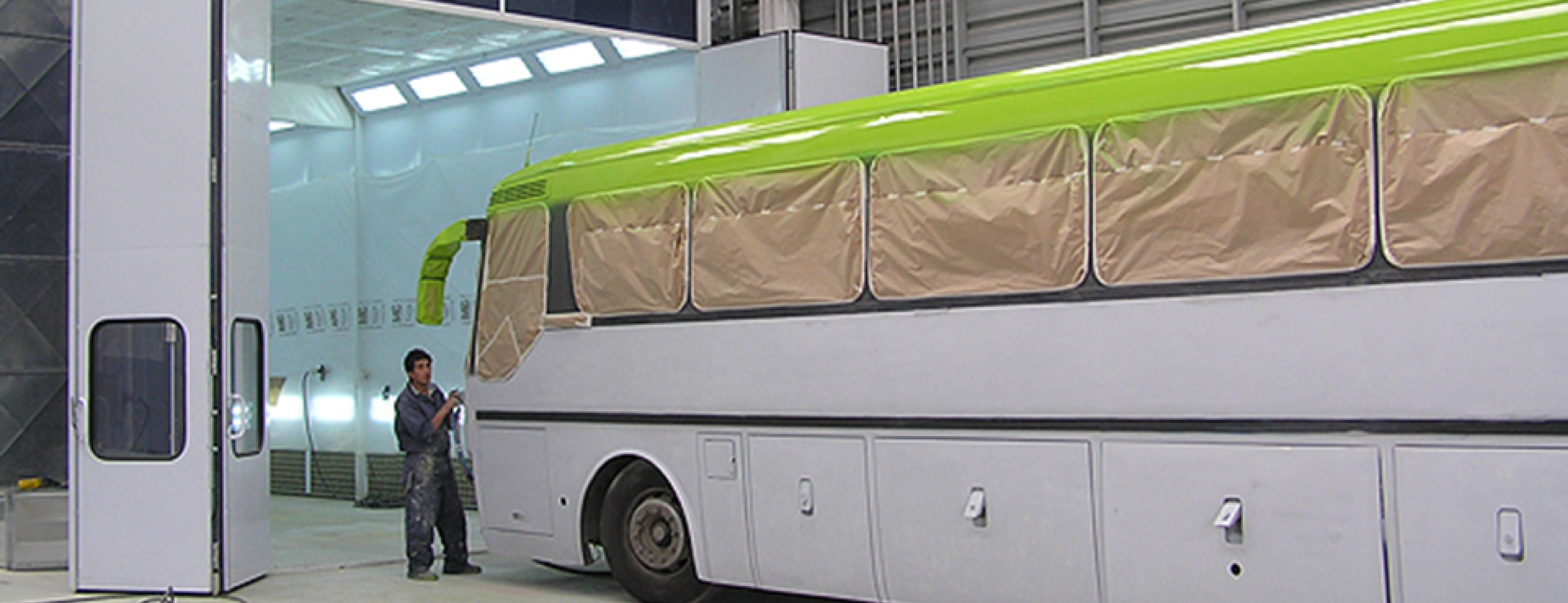 Accudraft TX Truck Paint Booth for Busses. Fleet Refinishing. Coating Application