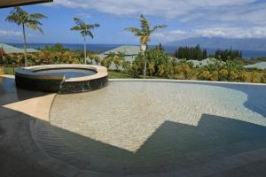 Stone pool lanai side