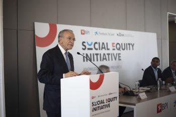 Presidente da Fundação Bancária la Caixa -Isidro Fainé-ACEGIS
