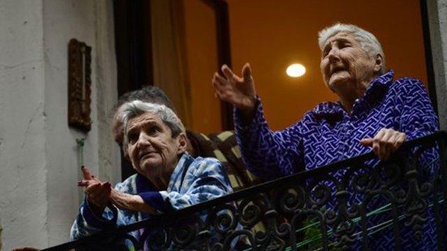 Conselho da Europa pede medidas para apoiar idosos em isolamento