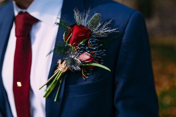 padrinho com gravata vermelha