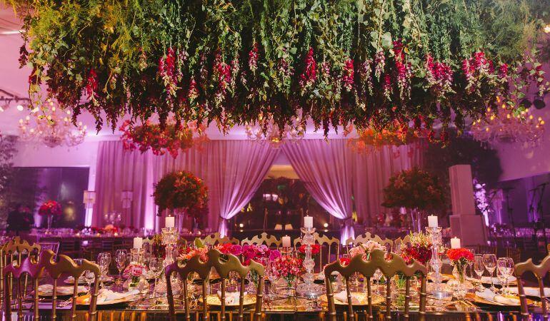 Decoração de Casamento marsala e dourado