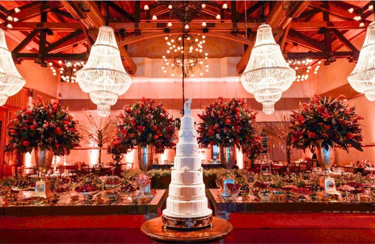 Iluminação de Casamento Vermelho