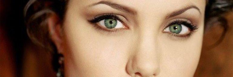 Olhos angelina jolie