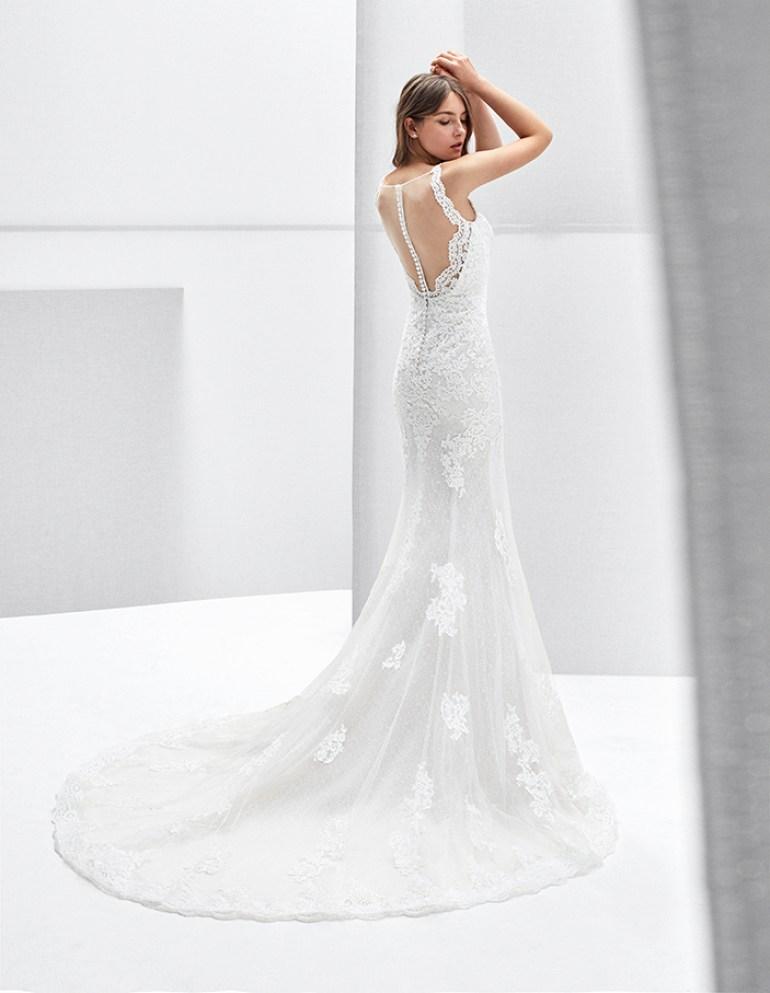Vestido de noiva simples e elegante com renda