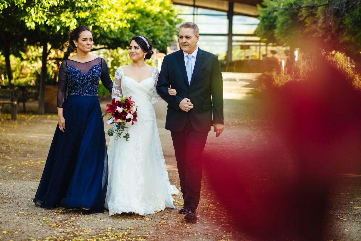 Vestido mãe da noiva com transparência e bordado