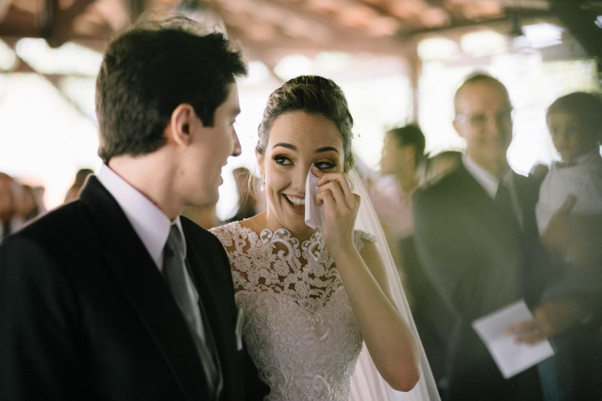Entrada da noiva após o First Look | Fotos: Sonhos Altos Fotografia