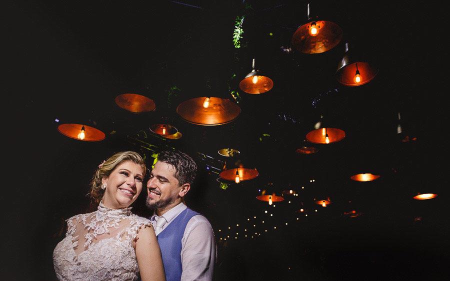 lustre metalizado para decoração de casamento
