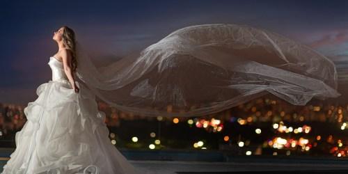 01-Noiva no heliponto com cé de por do sol e luz dramática - FOCA FOTO E VIDEO
