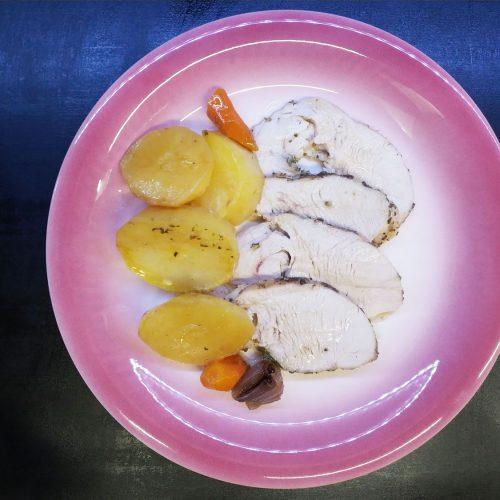 arrosto-di-fesa-tacchino-con-patate-e-carote