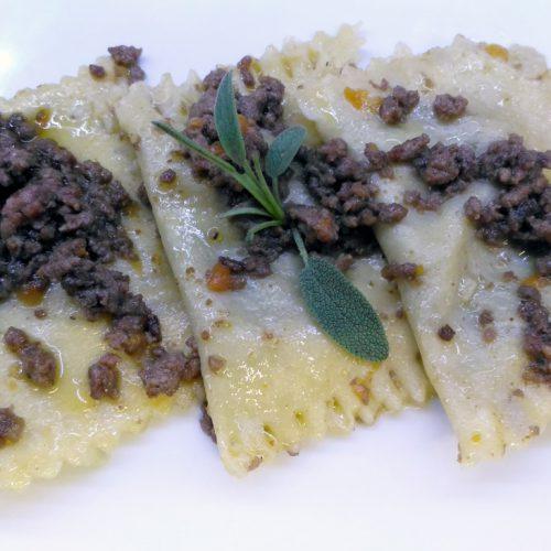 ravioli-ripieni-al-ragù-bianco2
