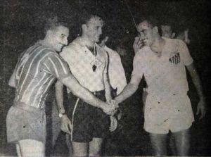 F 02 - 1959 - Beto, Frederico Lopes e Zito antes da  final