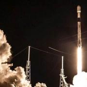 SpaceX põe mais 60 satélites em órbita e deixa astrônomos preocupados