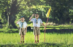 Here are some reasons why a uniform should be a priority in planning your summer camp itinerary this year.