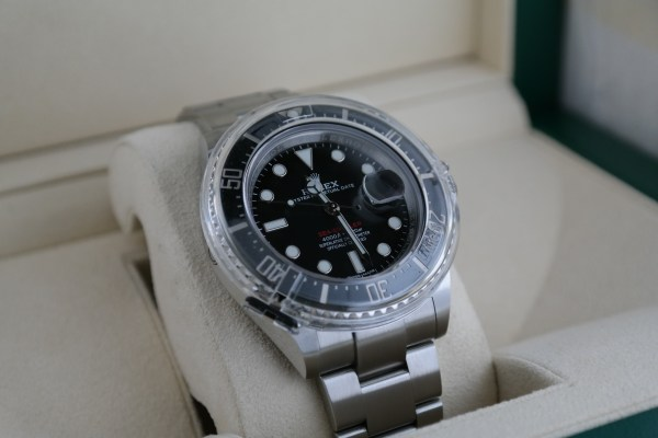 "Rolex Sea-Dweller 126600 ""Red Sea"" Ceramic Stainless Steel Year 2017"