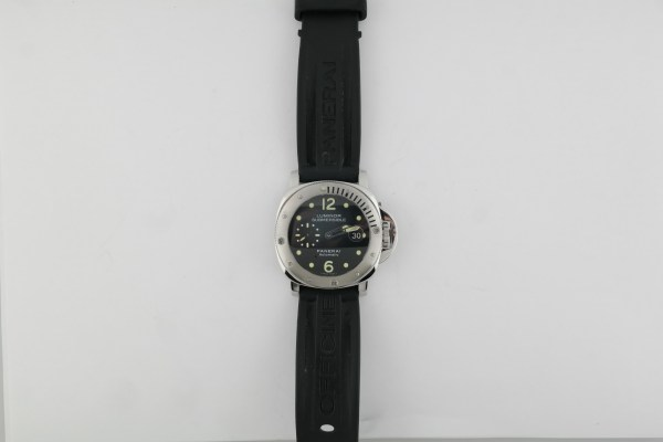 Panerai Luminor Submersible PAM00024 Black Dial Rubber Strap Box & Papers