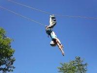 Pratiquer de nouvelles activités dans une colonie de vacances