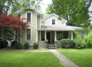 photo of 1840 house in Ann Arbor Michigan after complete remodeling by Acheson Builders