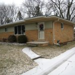 exterior of house before remodeling