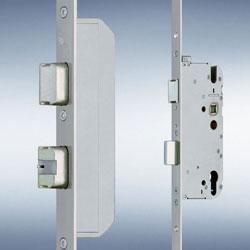 Einsteckschloss automatisch elektronisch öffnend und verriegelnd (Wechselsprechanlage)