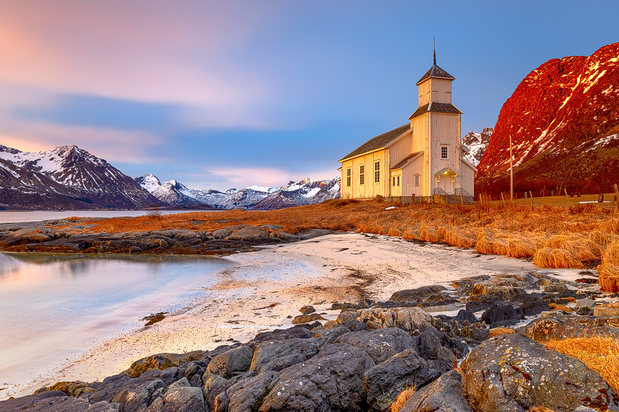 Gimsøy Kirche