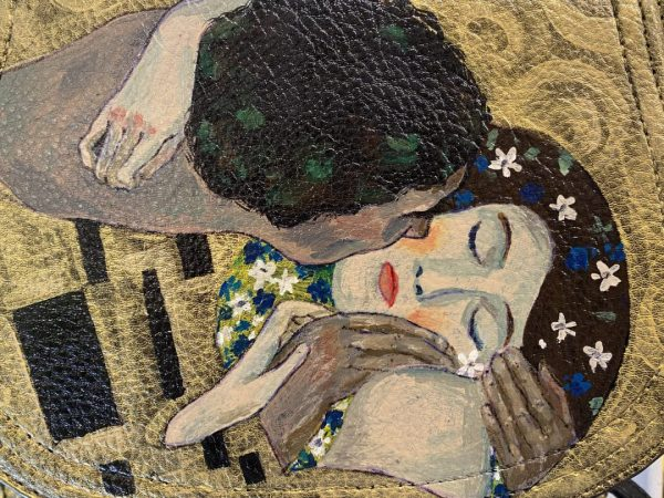 "Gustav Klimt "" The kiss"" hand painted Bag"