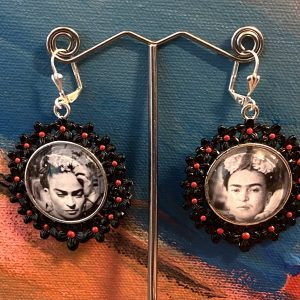 Frida Kahlo photos earrings