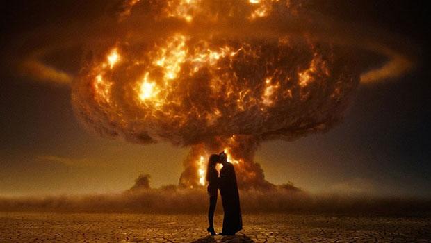 Explosões desnecessárias torna tudo mais divertido.