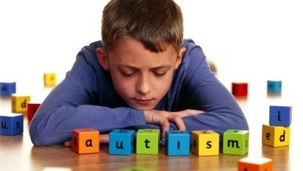 Como um autista e um esquizofrênico escutam o mundo.