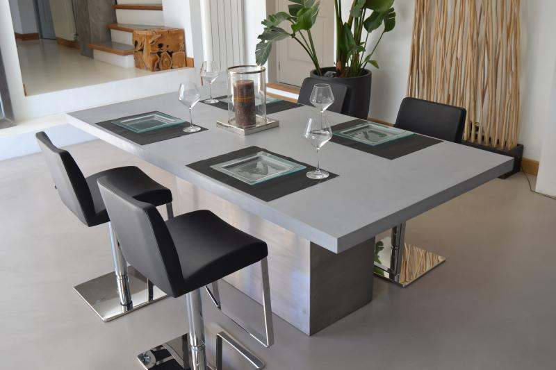zoom galaxy line 2 table a manger beton