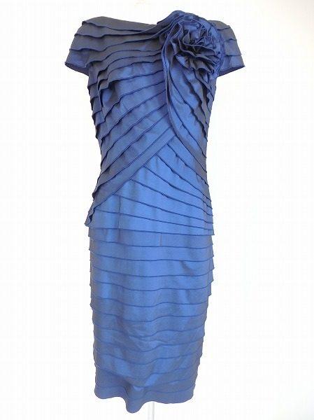 4d9262d1264f0 タダシショージの印象的なブルーのワンピースドレスを買取致しました。 その華やかさと、着れば誰しもスタイルが良く見えると評判のタダシショージのドレス。