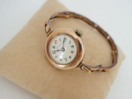 ロレックスのレディースの時計を買取りました。ブレスレットのように軽やかなデザイン