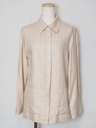 淡いベージュが素敵なアクリスのシルクジャケットを買取しました