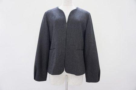 丸みのあるシルエットが女性らしいローラアシュレイ(LAURAASHLEY)のジャケットをお買取いたしました