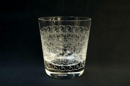 華麗な輝きを放ち、グラスの美しさをお酒とともに堪能できる、バカラのローハン タンブラーを出張買取いたしました