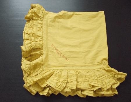 ビタミンカラー黄色が身に付けるだけで元気な印象を与える正方形の大判ストール!ワンダフルワールド カネコイサオ WONDERFUL WORLD KANEKO ISAO