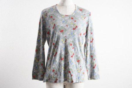 可愛い部屋着としても!バラ色の暮しの花柄カットソーをお売りいただきました