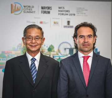 The 10th World Cities Summit Mayors Forum started today in Medellín