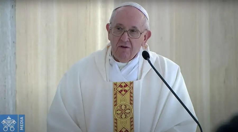 Papa Francisco en la Misa de la Casa Santa Marta. Foto: Captura Vatican Media