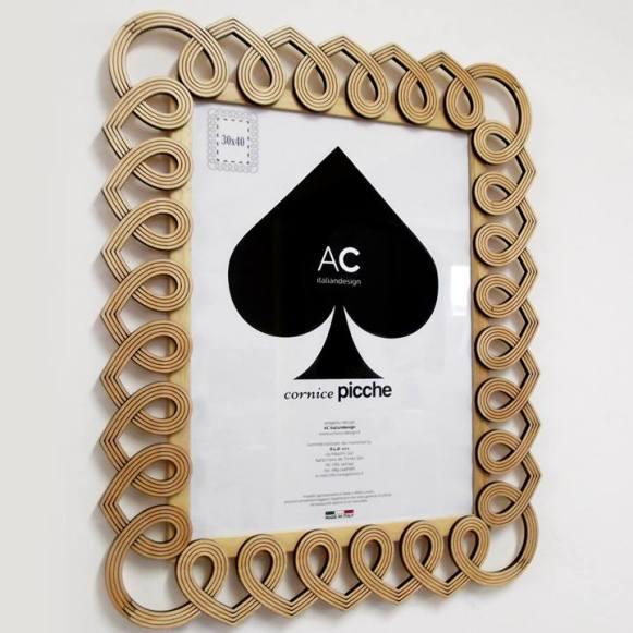 Picture frame Poker - Picche