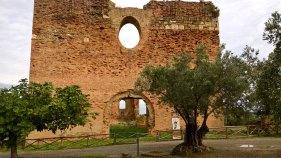 Facciata della Basilica Normanna di Santa Maria della Roccella (Parco Scolacium) - Roccelletta di Borgia (CZ)