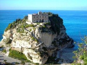 Santuario di Santa Maria dell'Isola - Tropea (VV)
