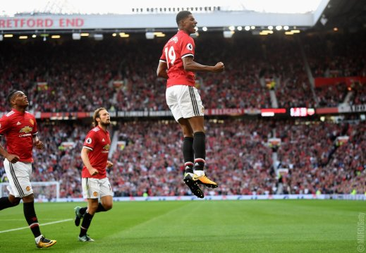 Manchester United 2-0 Leicester City: United outfox Leicester to maintain perfect start