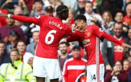 Four star United ease past Swansea