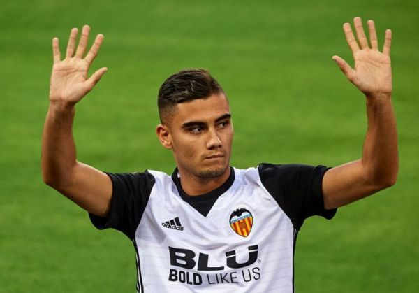 Andreas Pereira: Mourinho disappointed with Valencia loan move