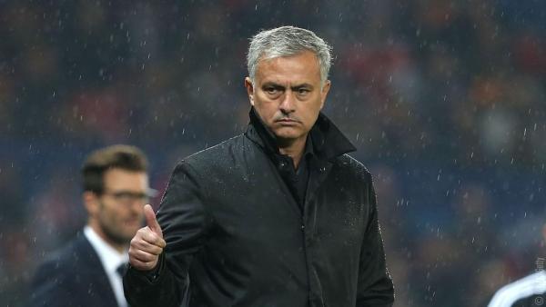 Mourinho escapes FA hammer
