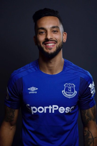 Theo Walcott ready to push Everton to win trophies
