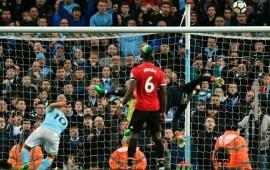 Man City 2-3 Man Utd: Reactions to De Gea's last minute save