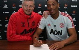 PL: Man United fans celebrate as Martial signs new deal